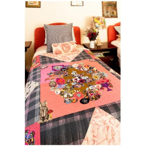 Quiltmania Books - Patchways12.jpg